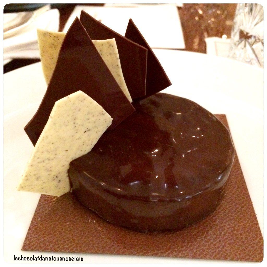 Dessert Ultime Pierre Herme Bar Long Royal Monceau Paris