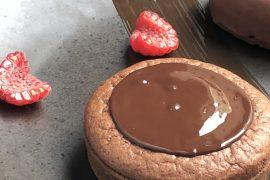 Tarte-soufflée-au-chocolat-framboise-pierre-hermé-royal-monceau-clarins