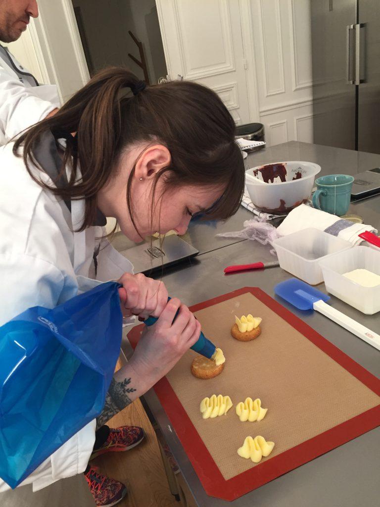 Atelier-pâtisserie-livre-nicolas-paciello-atelier-qui-déchire-recette-pas-à-pas-apprendre