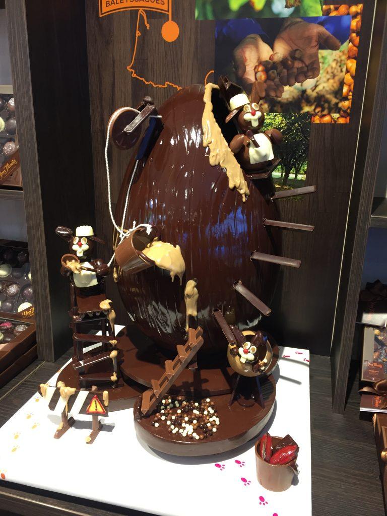 Pâques-yves-thuriès-oeuf-création-chocolat
