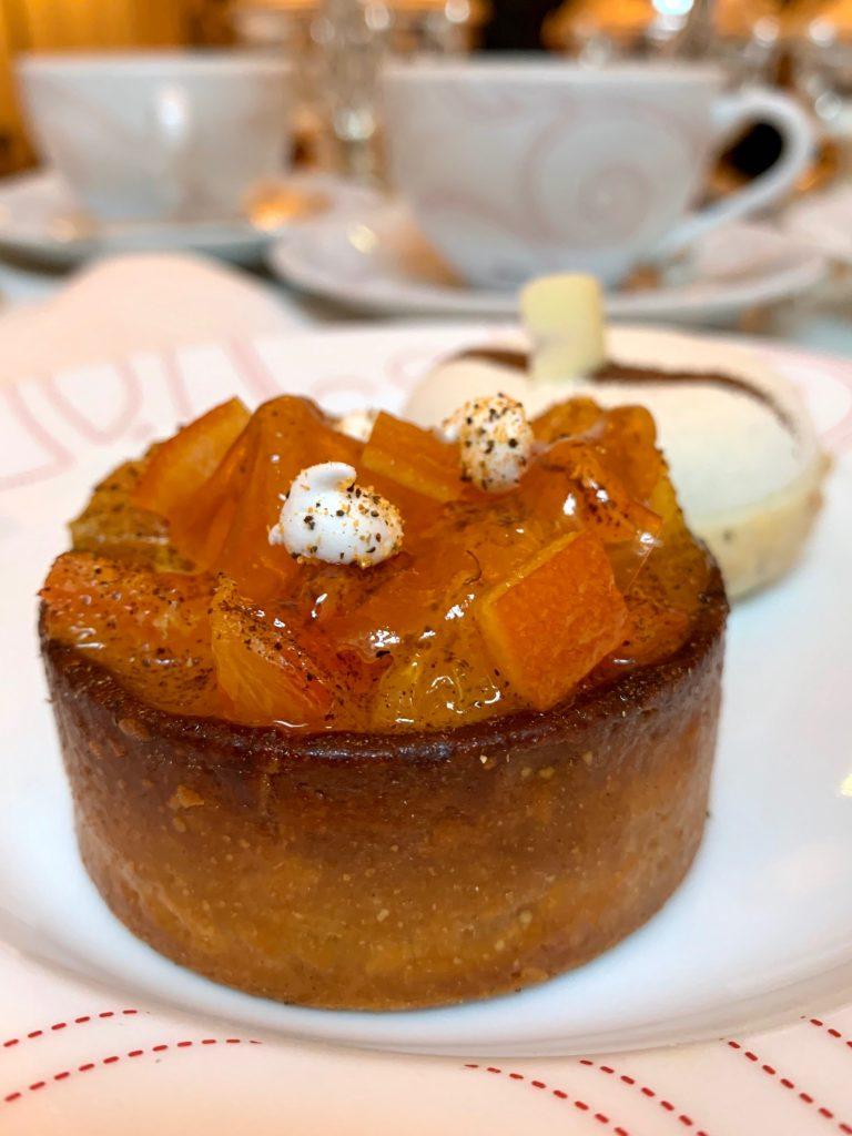 Gouter-au-plaza-athénée-angelo-musa-patisserie-tea-time-tarte-orange