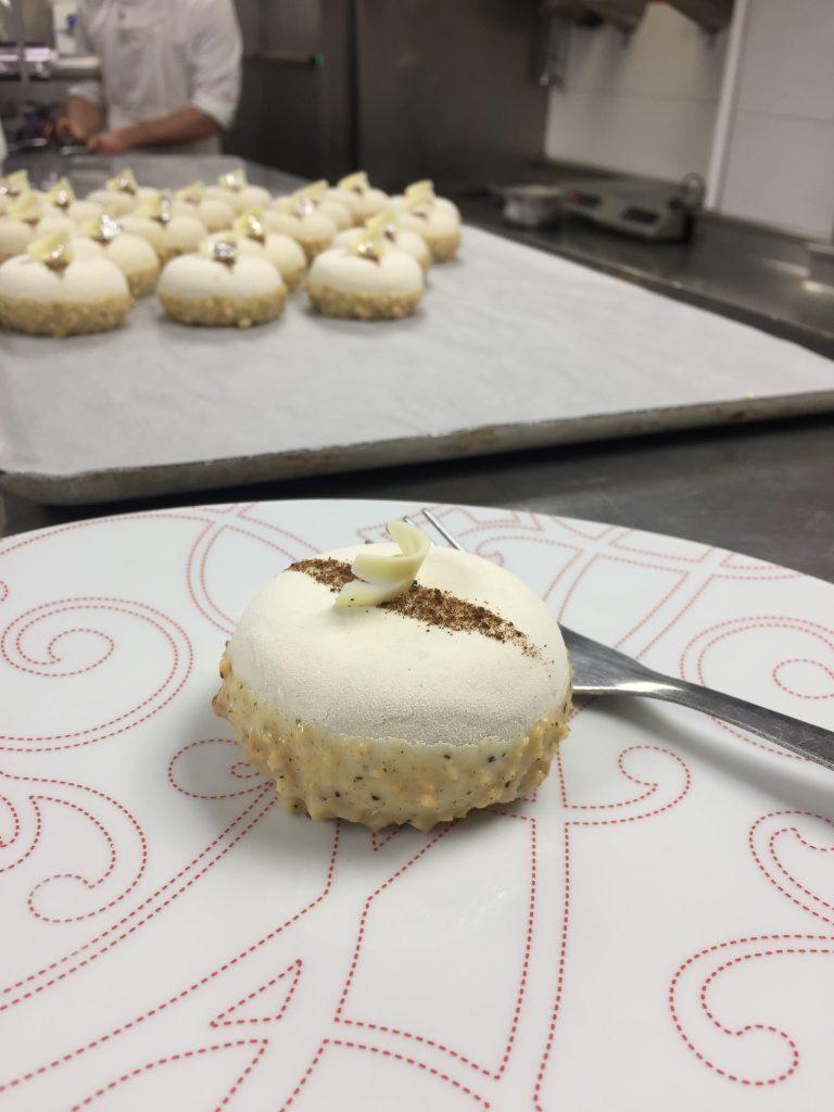 Gouter-au-plaza-athénée-angelo-musa-patisserie-tea-time-tarte-vanille
