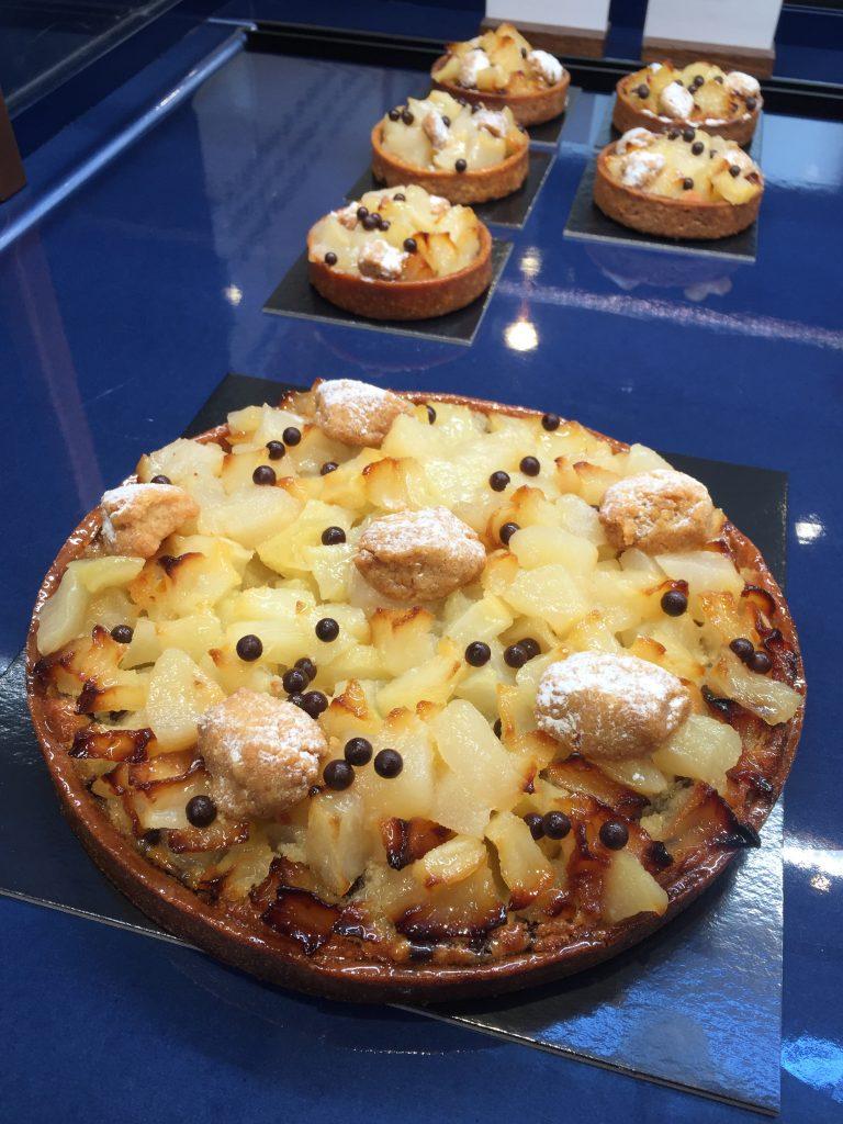 Tarte-aux-poires-et-chocolat-cyril-lignac-benoit-couvrand