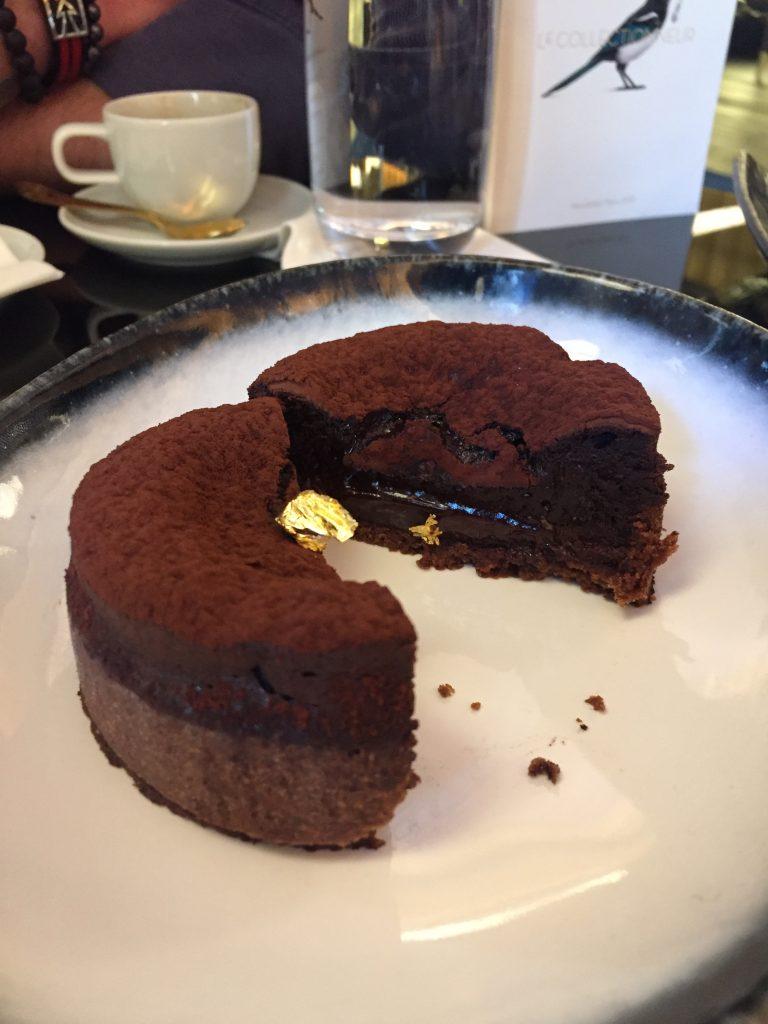 Tarte-au-chocolat-et-poivre-de-sichuan-hotel-du-collectionneur-paris